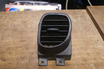 Dash Vent LH,GM 10406515,Used